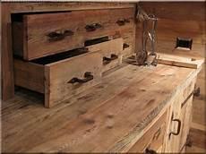 comment vieillir un meuble comment donner un aspect vieilli 224 un meuble pr 233 fabriqu 233 bricobistro