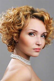 some hairstyles for curly hair 10 curly hairstyles in 2014