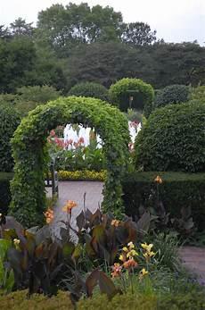 Garden Chicago by The Chicago Botanic Garden S Circle Garden Summer