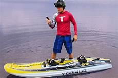 surfbrett mit motor torque elektro surfbrett mit dean jarrett e