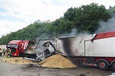 Unfall A8 Gestern - brennender lkw auf der a 8 startseite teckbote