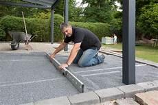 Gehwegplatten Verlegen Auf Erde - terrassenplatten verlegen muster q house pl