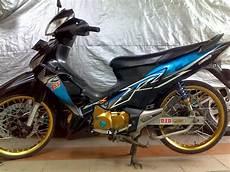 Modifikasi Supra X 125 R Hitam