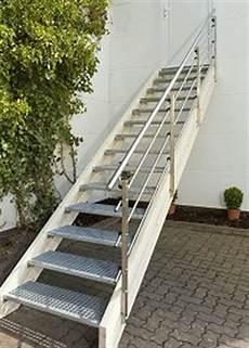 Holztreppe Für Aussen - au 223 entreppe bausatz aussen treppen holzkomplett de