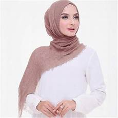 Jilbab Pashmina Crinkle Warna Hitam Voal Motif