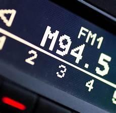 ukw abschaltung autoradio radio am mittwoch droht vielerorts das aus f 252 r ukw sender