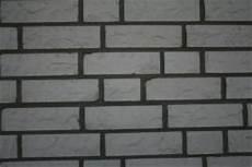 Gerüst Für Treppen - wei 195 ÿer ks kalksandstein mit dunkler fast schwarze