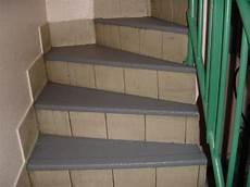 antidérapant pour escalier en bois revetements de sol antiderapants tous les fournisseurs