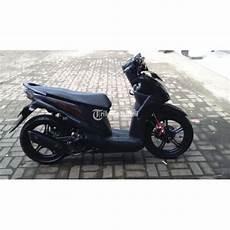 Variasi Warna Motor Beat by Honda Beat Fi 2013 Warna Hitam Modif Variasi Istimewa