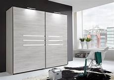 armoire chambre à coucher armoire 2 portes coulissantes chambre 224 coucher chene