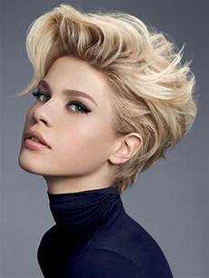 90 and sophisticated hairstyles for
