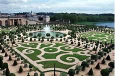 garden world versailles garden