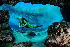 cave diving s mysterious and risks
