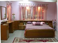 Simple Home Decor Ideas Bedroom by Simple Bedroom Design For Middle Class Family Home