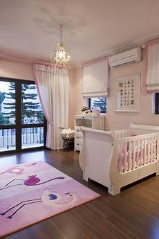 baby schlafzimmer baby room wood floors pink and white accesories