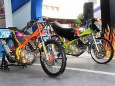 Modifikasi Fu Simple by Modifikasi Motor Satria Fu Drag Style Simple Acre