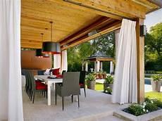 vorhang als windschutz f 252 r 252 berdachte terrasse zur
