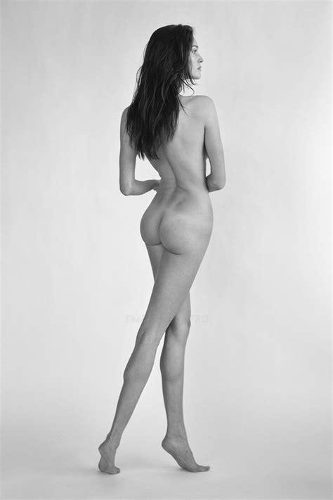 Naked Milf Gallery