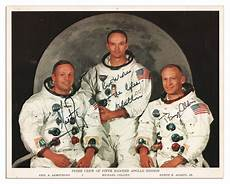 lot detail apollo 11 crew signed 10 8 nasa photo neil armstrong michael collins
