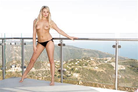 Tracy Anderson Nip Slip