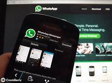 whatsapp for blackberry 10 gets updated once again with