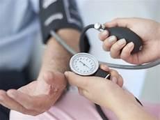 Was Tun Bei Niedrigem Blutdruck - was tun bei niedrigem blutdruck