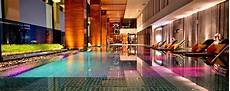 hotel fitness center renaissance bangkok ratchaprasong hotel