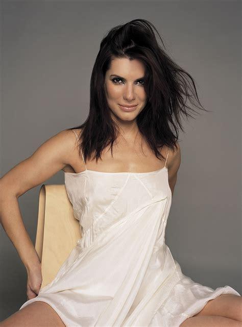 Sandra Bullock Hot Pics