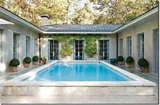 u shaped house plans with courtyard pool like this but not necessarily with a pool in center u