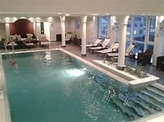 foto de the westin grand frankfurt frankfurt swimming