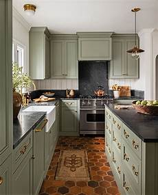 go green with these beautiful kitchen cabinet colors beautiful kitchens kitchen colors green
