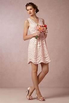 kleidung für hochzeitsgäste everything that sparkles weddings lace