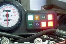 voyant de tableau de bord voyants allum 233 s au tableau de bord mecanique moto