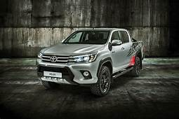 2020 Toyota Hilux Review Price Specs Engine Pros Cons