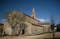 Auf Eine Le - abbaye du thoronet wikip 233 dia