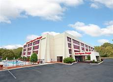 hotel pigeon forge inn suites pigeon forge hotels and