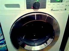 Waschmaschine Macht Komische Geräusche - waschmaschine klappert wer kann helfen