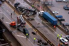 accident on highway 40 st louis today crash involving semi truck shuts down lanes on i 44 in downtown st louis law and order