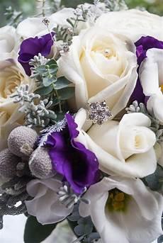 wedding flowere winter wedding flowers at eaves laurel weddings