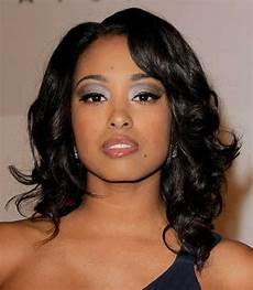 shoulder length curly hairstyles for black women 2015 35 medium length curly hair styles hairstyles haircuts 2016 2017