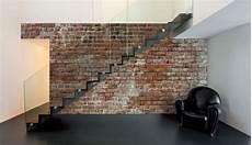 Escalier Design Qui Ressort Sur Fond De Faux Mur En