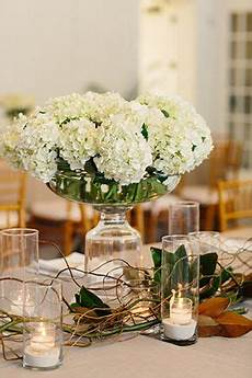 hydrangea wedding centerpieces by candicekphotography com wedding tables