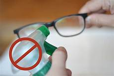 3 Ways To Remove Scratches From Plastic Lenses Wikihow