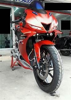 Modifikasi R15 Vva by Modifikasi Yamaha R15 Vva Jadi Mirip R6 Cxrider