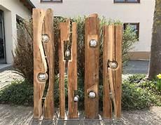 le aus alten balken altholzbalken mit silberkugel modell 8 gartendeko holz