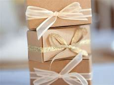Moh Gift To On Wedding Day