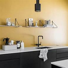 mensole per cucina le mensole a vista in cucina ma anche funzionali