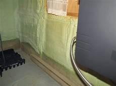 anti mousse toiture fait maison la mousse de polyur 233 thane un isolant passe partout