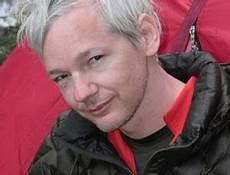 julian assange illuminati the world according to me julian assange criminal or pawn
