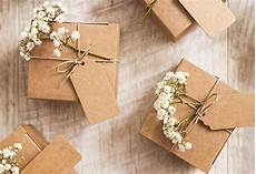 Etiquette For Wedding Gifts
